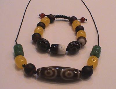 Modern-Dzi-Bead-Necklace-4