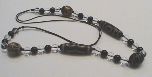 Modern-Dzi-Bead-necklace-2